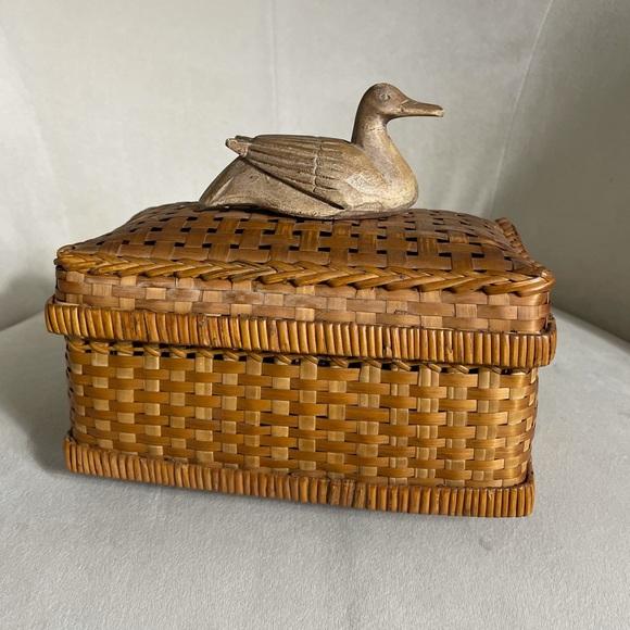 Boho Chic Wicker Basket w/Duck Top Handle